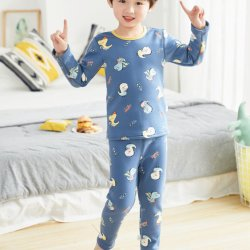 Bebé de manga larga y el otoño de nuevo diseño de la seda de la leche a los niños ropa al por mayor de traje de pijamas para niños