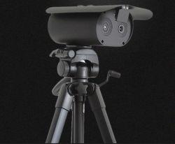 Video termico con l'ente nero tutto di temperatura corporea della macchina fotografica di presenza di tempo in uno spina ed uso dell'unità
