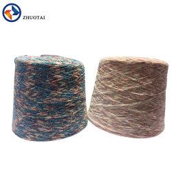 Filato robusto rosso 100% del Chenille del velluto del poliestere di 6.5 nanometro per la moquette del maglione