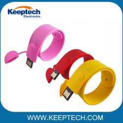 محرك أقراص USB محمول بسيكيون ملون يعمل على لف المعصم باستخدام تقنية Custom (مخصص) الشعار