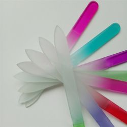 Gute Qualität bunt und Form-Kristallglas-Nagel-Datei NF7065