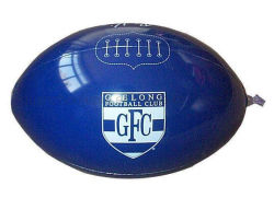 OEM-PVC-Ball mit mehrfarbiges ovalem Einblasbares Fußball am Strand