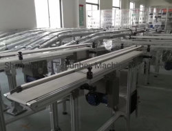 Usine de ventes directes de l'équipement de transmission automatique du convoyeur pour une petite bouteille d'eau automatique Machine de remplissage avec plafonnement de la ligne de production d'étiquetage