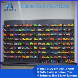 屋内工場供給のフットボールのスポーツの方法およびサッカーを実行する屋外人のサッカーの靴