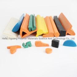 Wholeslae forme différente de la mousse de silicone résistant à la chaleur Bande d'étanchéité en caoutchouc de silicone