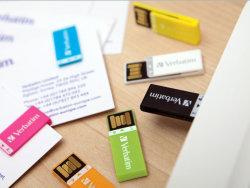 1GB/2GB/4GB/8GB/16GB/32GB USBのフラッシュはABSクリップによって形づけられるUSBのフラッシュ・メモリを運転する