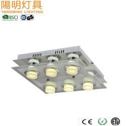 Novo candeeiro de tecto LED com coluna de acrílico / Luz de tecto populares Acabamento cromado