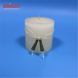 Pilier de l'arôme de Carnation bougie blanche avec le raphia décoration