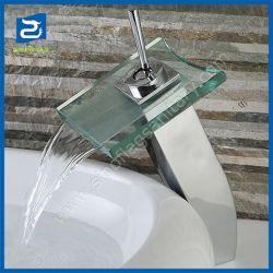 Moderner Glaswasserfall-Tülle-Bassin-Hahn mit LED-Licht