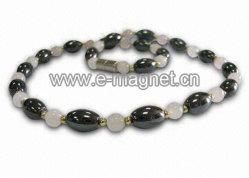 Mode de haute qualité des perles colliers magnétiques