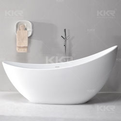 La moderna superficie sólida sobre la bañera, bañera de hidromasaje