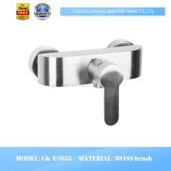 ステンレス鋼のブラシのコックの浴室衛生製品304ssのシャワーのディストリビューター