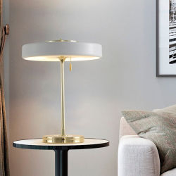 Управление оформление круглого металлического оттенка золотых лампа утюг акриловый Vintage письменный стол лампа