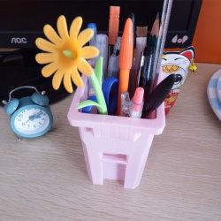 Mini-lixeira Bin de resíduos de plástico pode titular de lápis Escolar de Desktop