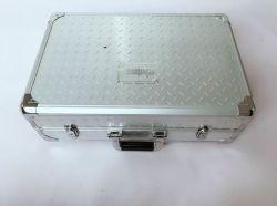 Encargo del zócalo eléctrico en relieve de aluminio de la caja de herramientas Hoja (Keli-Tool-5021)