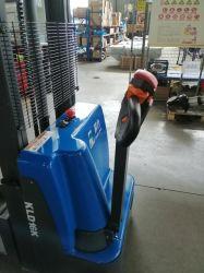 Réceptacle de talkie électrique Chariot élévateur à fourche 1600kg mât simplex Batterie au lithium