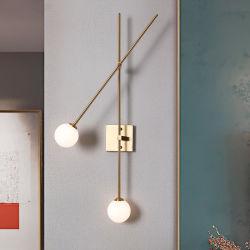 Nordic Lampara de pared Post Moderno Lámpara de brazo giratorio bola de cristal lámpara de aplique de pared Tempo exclusivo (WH-O-220)