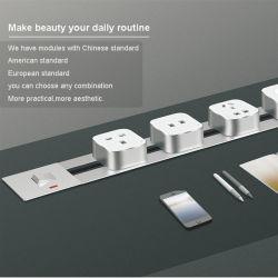 Prise électrique de la piste d'alimentation à montage mural intégrés sans fil 600mm X 80mm Voie 6 adaptateurs Universal avec port USB de sortie UK lampe