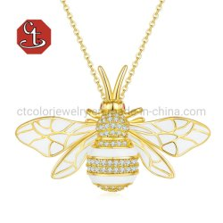 unisex エナメルの宝石類蜂は昆虫のペンダントの銀製または黄銅をブローチで刺す バッジファッションブローチ卸売業の女性および人のネックレス