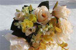 신부 꽃다발의 로즈 싼 도매 인공적인 백색 꽃
