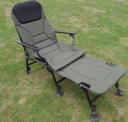 折るベッドの椅子屋外のキャンプ釣折畳み式ベッドの折り畳み寝台の採取