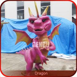 Il fumetto gioca il drago di modello delle statue
