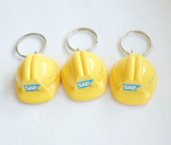 Moda barato la promoción personalizada de plástico Llavero Llavero Casco de seguridad Publicidad Mini Casco Llavero
