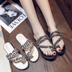 Fábrica de China a la moda sandalias de mujer