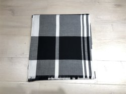 100% Acrylic Fashion Black & White가 Woven Scarf Lady를 체크하였습니다 샤울