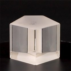 CaF2/Quartz/Glasprisma /Penta /Dove /Roof /Right Angle /Cucumed Free Monster