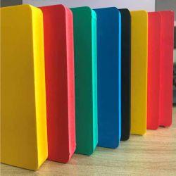 台所のための 10 から 30mm 高い Rigidty 熱絶縁材の PVC の泡板 キャビネット