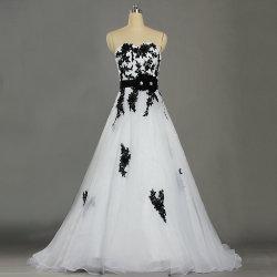 Эмпайр Стэйт Билдинг черно-белые линии кружева использованием стекла устраивающих платье свадебные платья