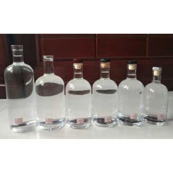 Vidro transparente personalizada de fábrica 750ml Brandy garrafa de vidro de licor negro