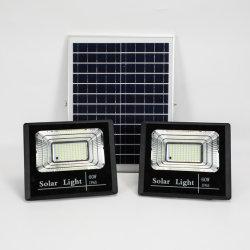 Proiettore solare a LED per esterni con telecomando 25 W 40 W. 60 W, 100 W, 200 W.