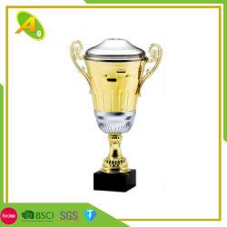 Venta caliente Material Plata personalizada Deporte Premio Trofeo de metal en forma especial recuerdo (016)