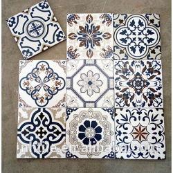 El patrón de flor de azulejo vidriado de piso de 200x200