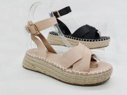 2020 Calçado Feminino de moda Meninas Sandálias Tamanho grande de cunha Cunha Verão saltos com PU para senhora Calçados