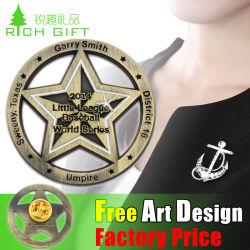2016 Nuevo diseño de la hojalata de esmalte Metal suave recuerdo insignia de solapa