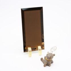 Neues Design 5mm 6mm 8mm Clear und Bronze Decorative Mirror mit LED und Safety Foil Back