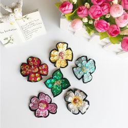 기장이 도매 5cm 자수 꽃 패치 모조 다이아몬드 Sequin에 의하여 아플리케를 한다