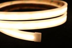 部屋のためのSMD5050 LEDロープの滑走路端燈が付いている純粋な白LEDのネオン屈曲の適用範囲が広い管
