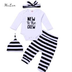 De in het groot Gebreide Winter van de Kruippakjes van de Reeksen van de Kleren van de Baby Geplaatste Pyjama's van de Kleren van de Baby van Twee Stukken de Pasgeboren