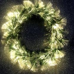 إكليل خضراء [فيبر وبتيك] مع أضواء لأنّ عيد ميلاد المسيح زخرفة