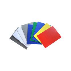 Coloré de feuilles de PP en carton ondulé creux Feuille de polycarbonate en plastique