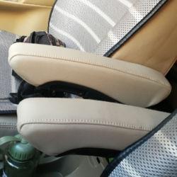 Novo design de excelente qualidade Multi banco do carro do Descanso de Braço de Acessórios