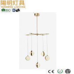 Candelabro de oro de bola de cristal Lámpara de suspensión de Penant