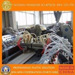 Hölzerner Plastikzusammensetzung Belüftung-PET WPC Decking-Fußboden-Profil-Strangpresßling-Produktionszweig