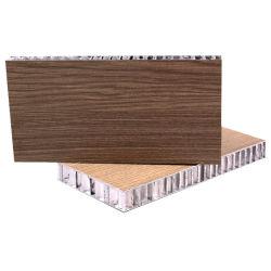 Panel de panal de aluminio con hojas de color y textura de madera para revestimiento de pared