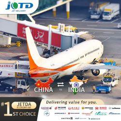 De Dienst van de Cargadoor van de Dienst van de Logistiek van de Overzeese Dienst van de Vrachtvervoerder van de lucht/van China aan de Internationale Luchthaven van India Indira Gandhi