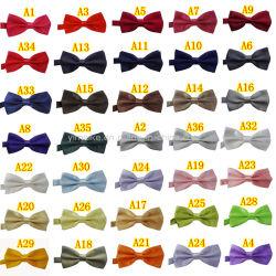 普及した党パフォーマンス男女兼用の明白なカラーサテンBowtie在庫の36の無地